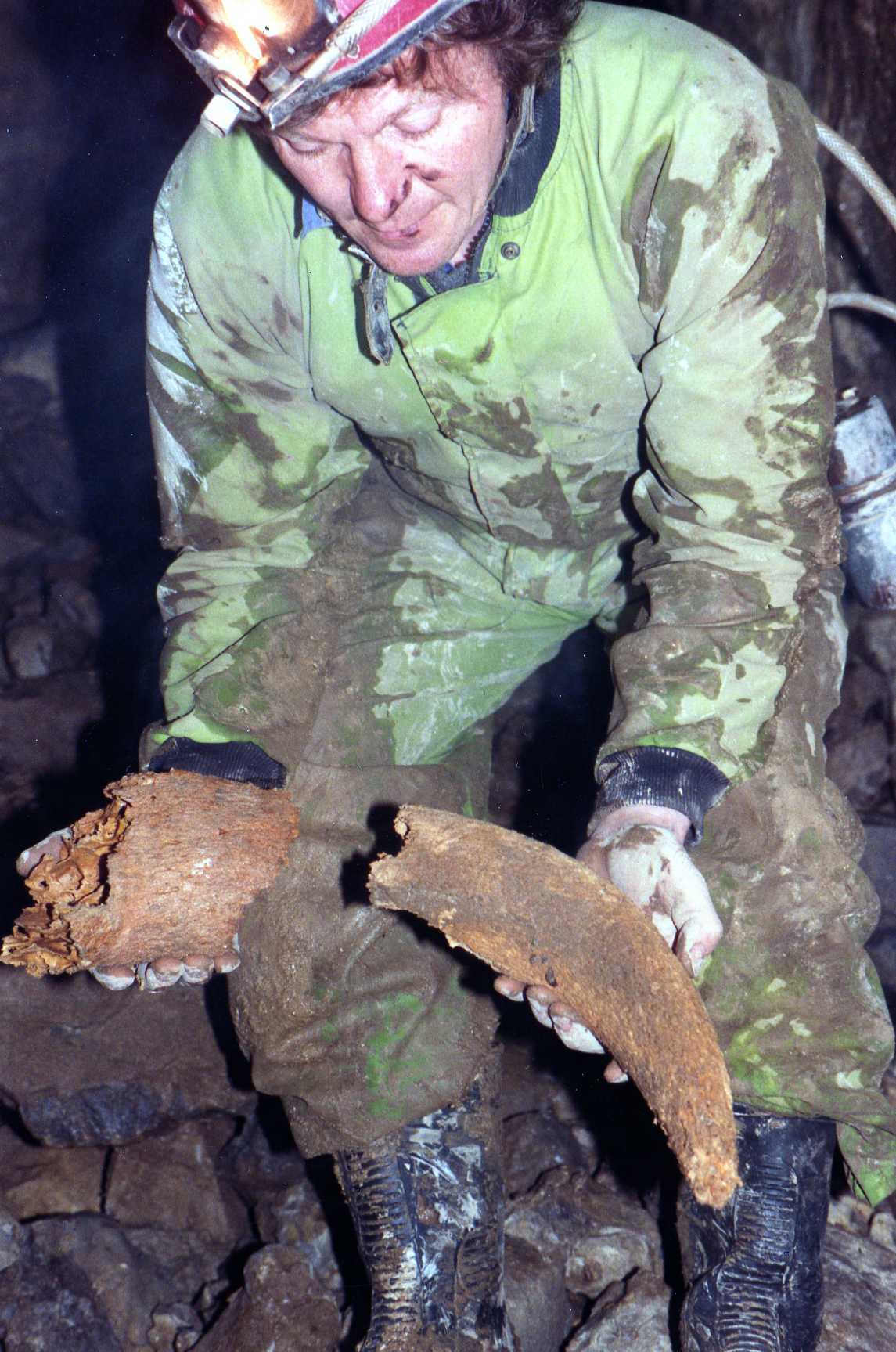 Ken holding an aurochs horn - North End Pot 1987